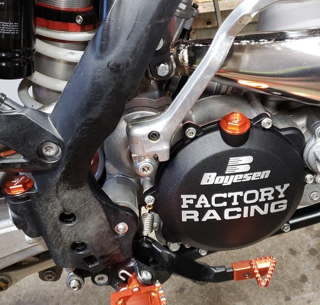 KTM Engine Oil Fill Plug   MOJO-KTM-OP